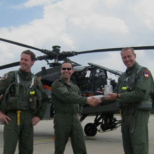Dutch military helicopter pilots win British air display awards