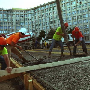 US Marines build helipad for Romanian hospital