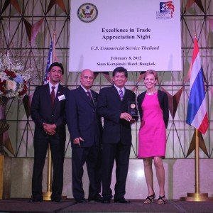 Enstrom rep in Thailand receives award from US Commercial Service