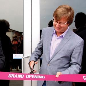 Dart opens new corporate HQ