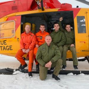 CFB Trenton team rescue crane operator from fire