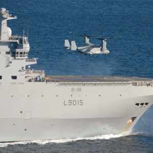 MV-22 lands on French warship for first time
