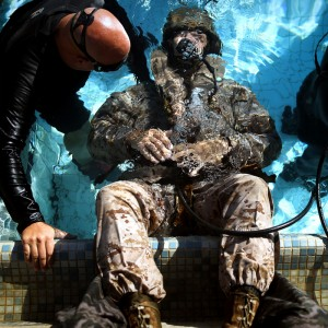 Hawaii Marines undergo shallow water egress training