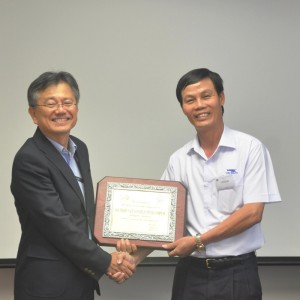 VNH South receives award from JVPC