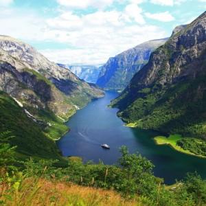 Norway Region Says No to Heli-Tourism