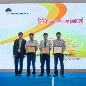 VNH South Receives Award from Rosneft Vietnam