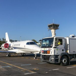 Air bp renews contract at France's Cannes Mandelieu Airport