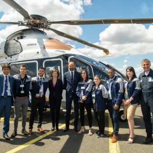 French Prime Minister meets Airbus apprentices
