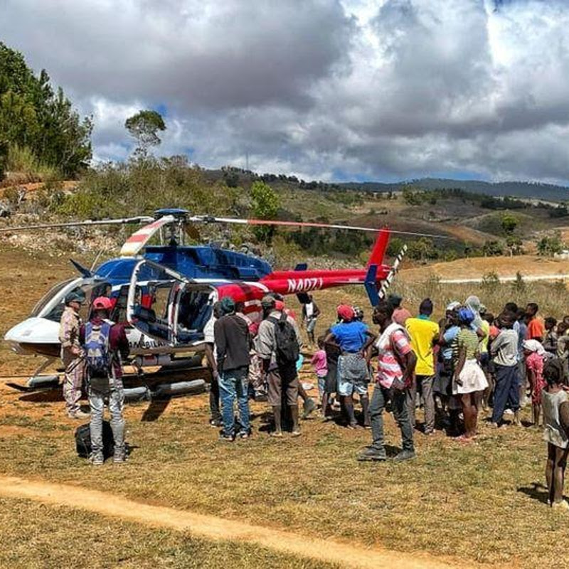 Spectrum Aeromed outfits Bell 407 for Haiti