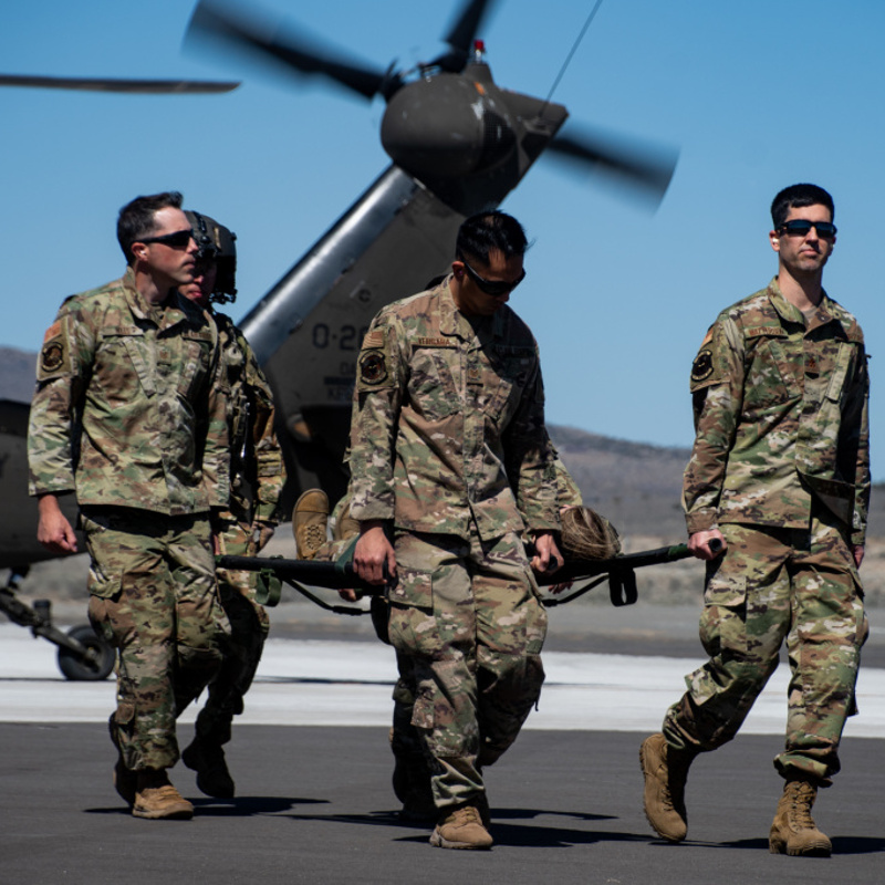High Rollers participate in Joint Aeromedical Training with Blackhawk Aircraft