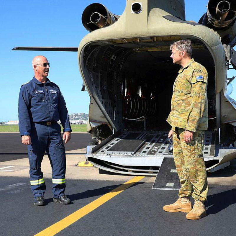 Australian pilot marks 5000 hours flying Chinooks