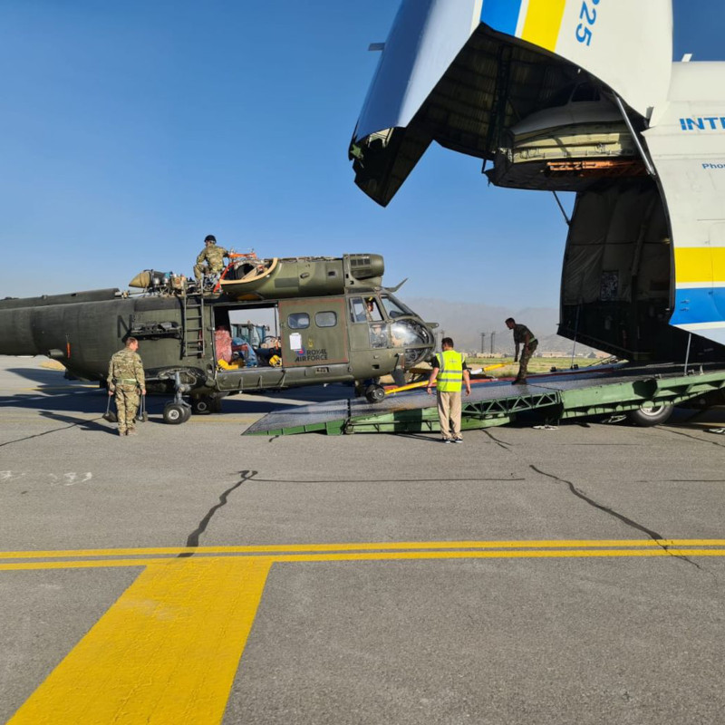British Puma helicopters return from Afghanistan in Russian freighter