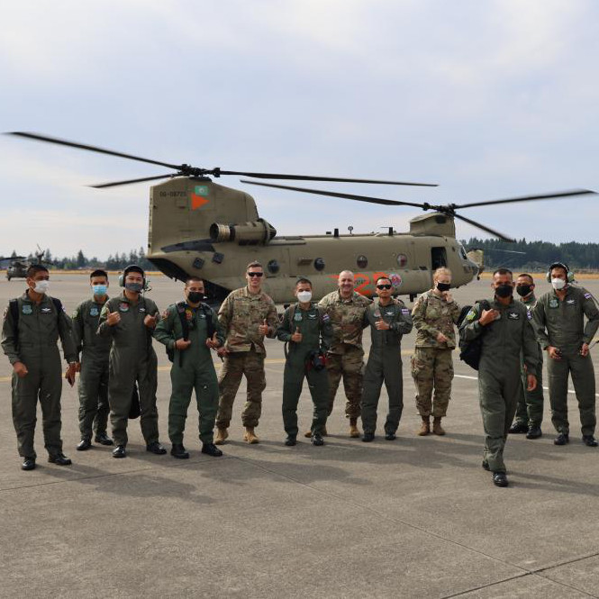 US hosts Royal Thai Army helicopter delegation