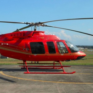 PNG helicopter pilot held up and robbed