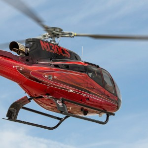 Chinese leasing company signs for 100 H125/H130s over five years