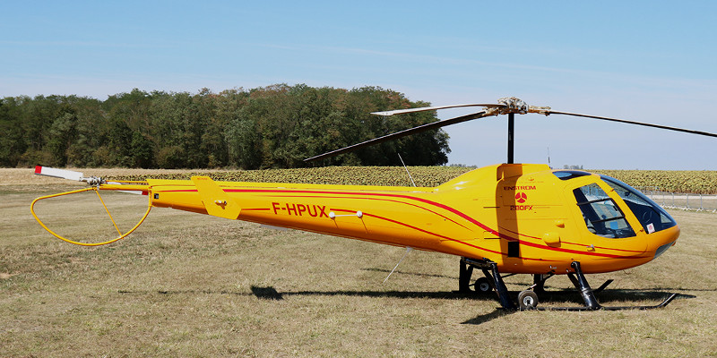 Brand new Enstrom 280FX F-HPUX was displayed at the ULM Salon at Blois on 31st August by new French dealer Rotor & Aircraft SA (Robert Swan)