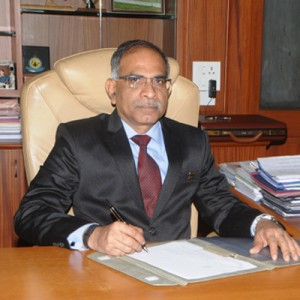 HAL boss Raju wins CEO of the Year award
