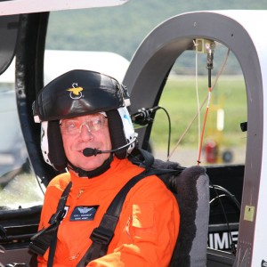 "X2 demo pilot named ""Aviator of the Year"""