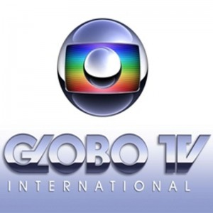 TV Globo AS350B2 hit by three rifle shots